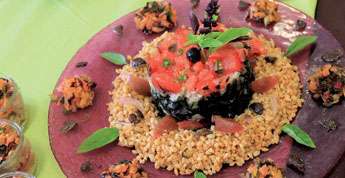 tartare de truite des Baronnies, spiruline, tomate et olives de Nyons